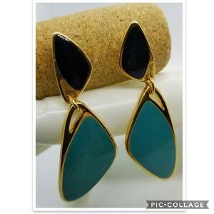 Avon Dangle Earrings